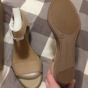 d7671692a9 Lucky Brand Shoes - Lucky Brand Riamsee Sandal in Travertine